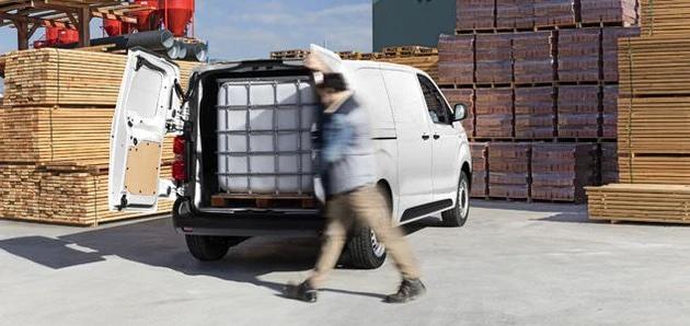 varebil med stor bagasjerom